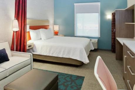 Home2 Suites West Palm Beach Airport Room