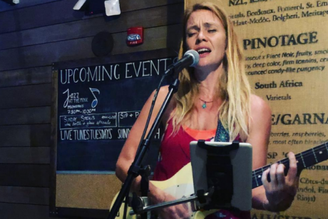 Live Tunes Tuesday: Tracy Renne