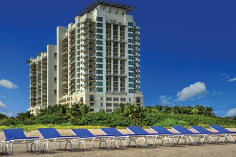 Resort Exterior - We welcome you to Marriott's Oceana Palms.  Experience an unforgettable villa vacation in beautiful Riviera Beach.