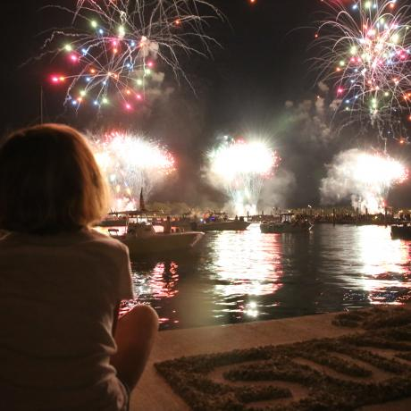 Fuegos artificiales en Sunfest, West Palm Beach, Florida