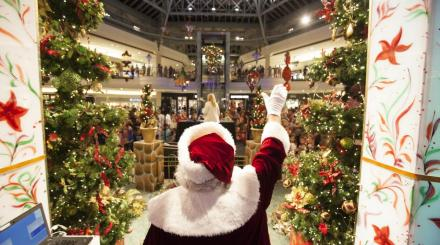 Santa at The Gardens Mall