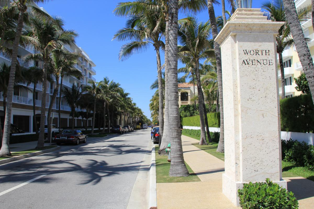 Palm Beach Ping Worth Avenue