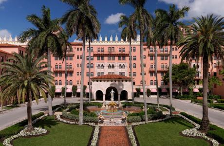 Luxury Beachfront Resorts Upscale Resorts In Palm Beach Fl