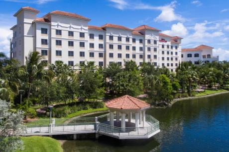 The only lakefront hotel in Palm Beach Gardens - Our exclusive and serene location features foot bridges to Downtown at the Gardens & we are next to the Gardens Mall.