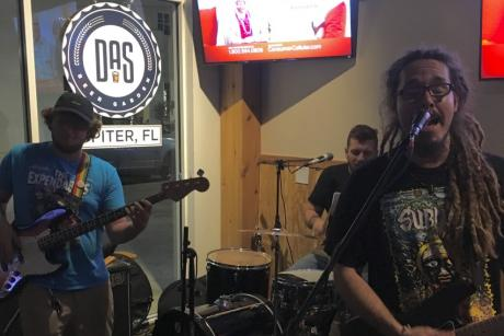 Live Music at DAS