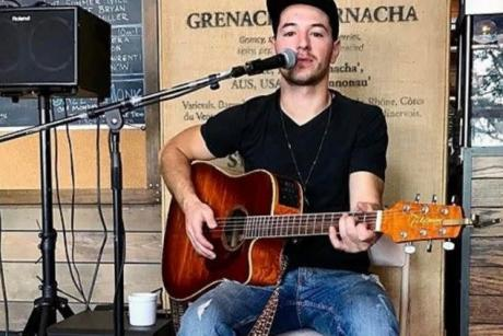 Live Tunes Tuesday: Jordan Laurenti