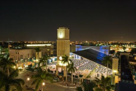 Mizner Park Amphitheater - Mizner Park at night