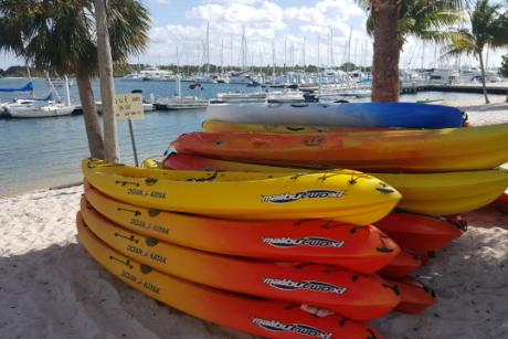 Riviera Beach Marina Rental - Find us at our Riviera Beach Marina Rental kiosk!