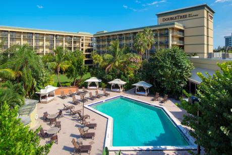 Rock Your Summer with Hilton by Taking a Staycation, Earning Hilton Honors Points for Concerts