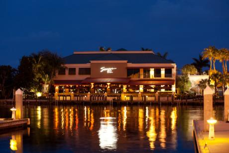 Restaurants bars in palm beach fl discover the palm for Table 52 west palm beach