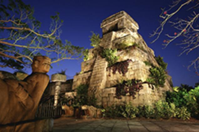 PB Zoo Mayan Pyramid at Dusk - Cornell Tropics of the Americas Exhibit