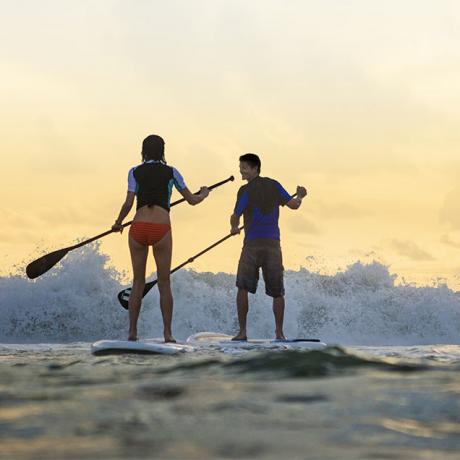 Stand-up paddle no Oceano Atlântico