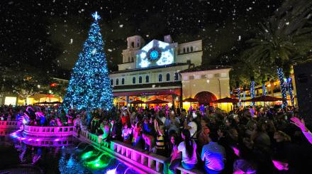 CityPlace offers free nightly snowfalls