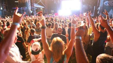 Pumped up crowd at Sunfest Music Festival a look back