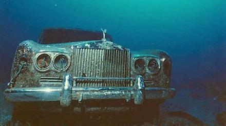 The Rolls Royce artificial reef off The Palm Beaches